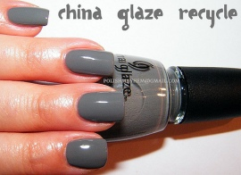 Grey is this winter's must-have nail color.  It's conservative enough to wear to work, yet funky enough to express your fashionable style.