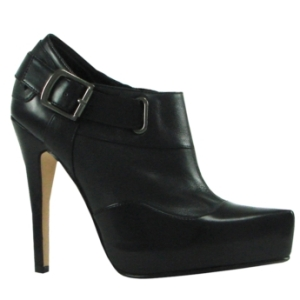 Bakers Shoes ($99.95) Wear with trousers or a skirt and tights.