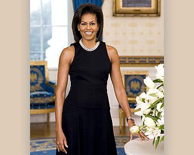 Que Collar Ponerte Con Un Vestido Negro Vestidos De Punto 2019