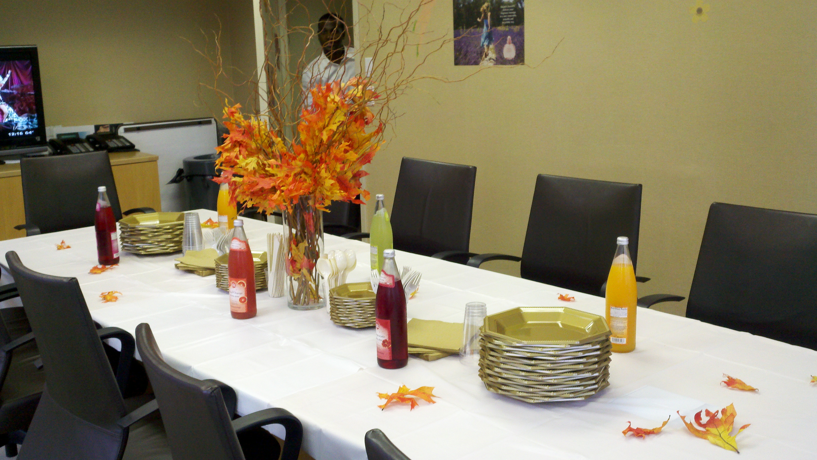 Office Party Decorations. Decorating Ideas \u003e Alfa Img Showing Office  Thanksgiving Luncheon ~ 210233_Thanksgiving